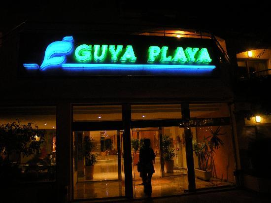 THB Guya Playa: Main entrance