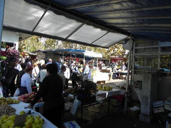 Eastern (Silver) Gate: Split - Farmer's Market