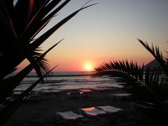 Atlantique Holiday Club: autre coucher de soleil