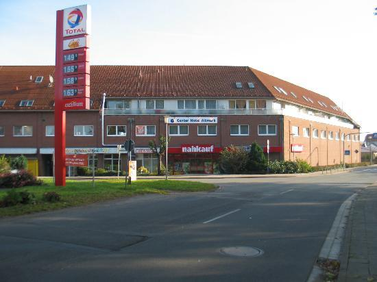 Center Hotel Altmark : het hotel boven het winkelcentrum