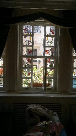 Avicenna Hotel: Window at the hotel
