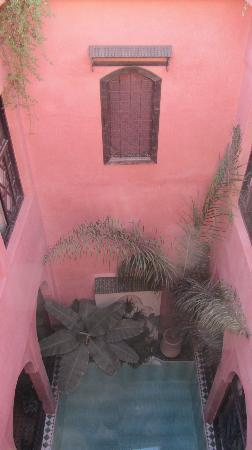 Riad Aderbaz: Inside