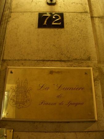 La Lumiere di Piazza di Spagna: hotel's sign