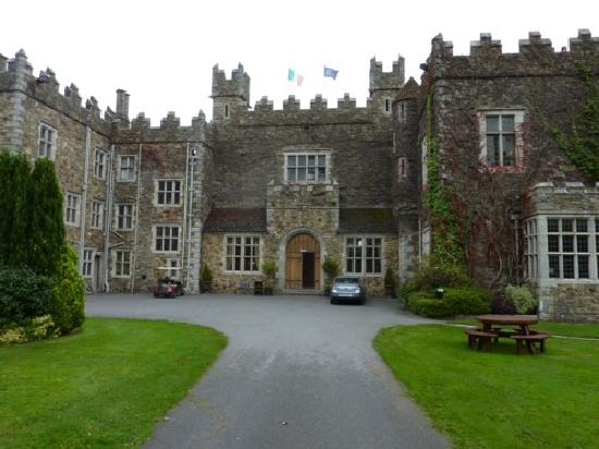 Waterford Castle Hotel & Golf Resort: The outside of the castle