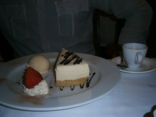 Foley's Townhouse and Restaurant: Bailey's Cheesecake