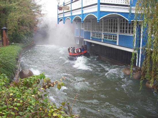 Europa-Park: bouée dans rivière sauvage