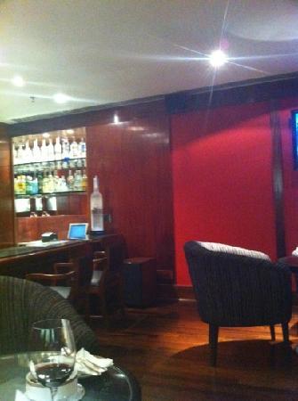 L'Hotel PortoBay Sao Paulo: the bar at L'Hotel