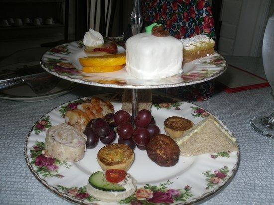 Royal Tea Room: Home MADE