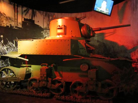 เฟรเดอริคเบิร์ก, เท็กซัส: A light Japanese Battle Tank .. ..