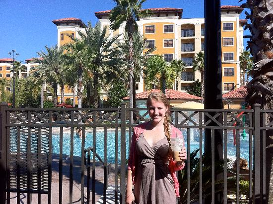 Floridays Resort: my daughter by the pool