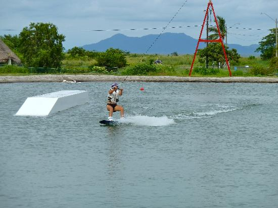 Nitro City Panama Action Sports Resort: Wake boarding cable park