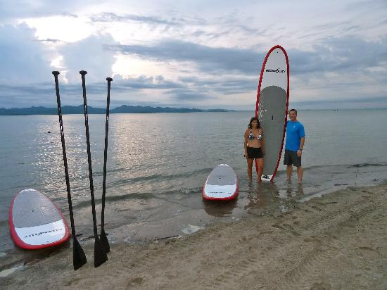 Nitro City Panama Action Sports Resort: Paddle boarding and view from resort's beach