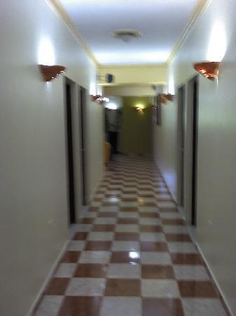 Hotel Rey hallway