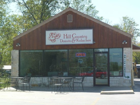 Hill Country Donuts & Kolaches: Outside Picture