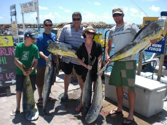 Marlin Queen Fishing Charters : Go team!