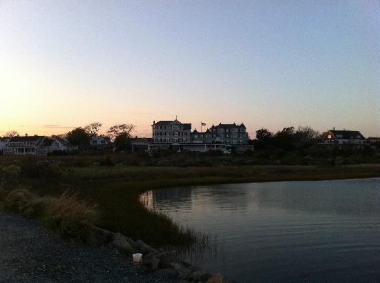 Harbor View Hotel: View of hotel from Edgartown lighthouse
