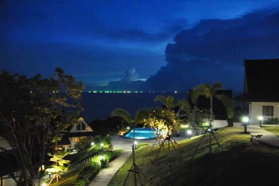 Baan KanTiang See: Night view from balcony