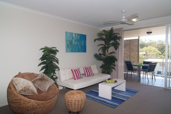 Airlie Central Apartments: getlstd_property_photo