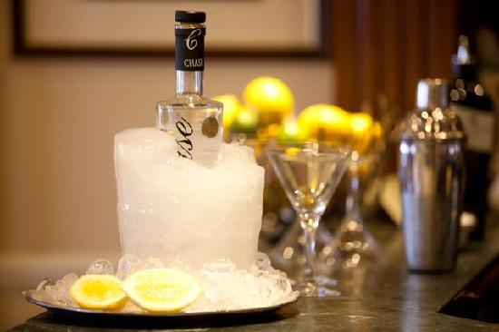 Watersmeet Hotel: Cocktail Hour - a nod to our Edwardian past