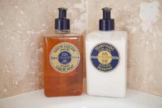 Watersmeet Hotel: Luxurious Toiletries