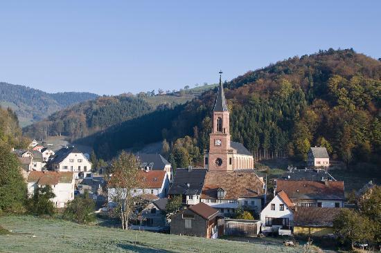 Le Bonhomme, فرنسا: Le village 002