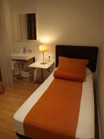 Hostal Goya: 部屋はとても清潔