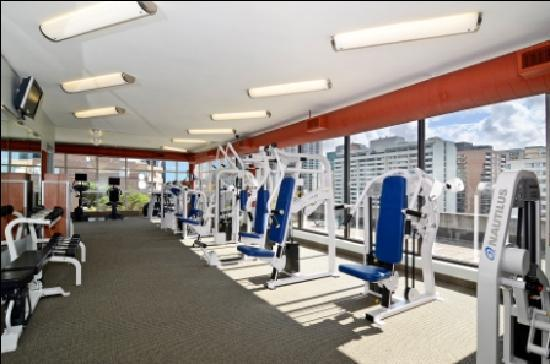 Albert at Bay Suite Hotel: Fitness Centre