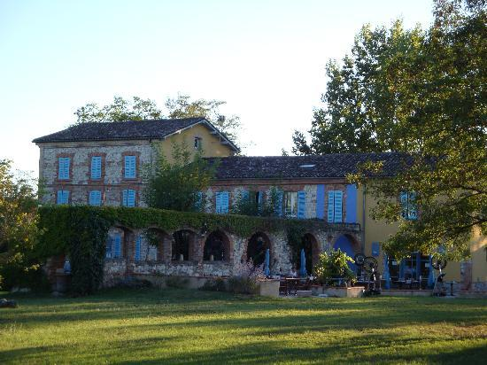 Hotel La Verrerie : vu de l'hotel restaurant