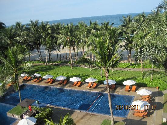 Club Med Bintan Island: Swiming Pool