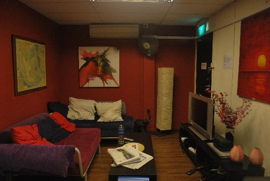 Beds and Dreams Hostel at ChinaTown: Lounge Area (Games, Movies, Magazines, Books)