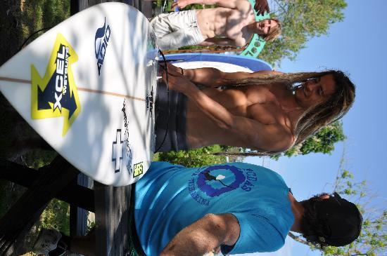 surfing surf school latas surf house el mejor surf camp cantabria