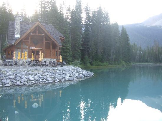 Emerald Lake Lodge: Emerald Lake