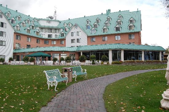 Vaudreuil Dorion Canada Hotels