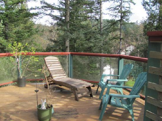 Lilac House deck