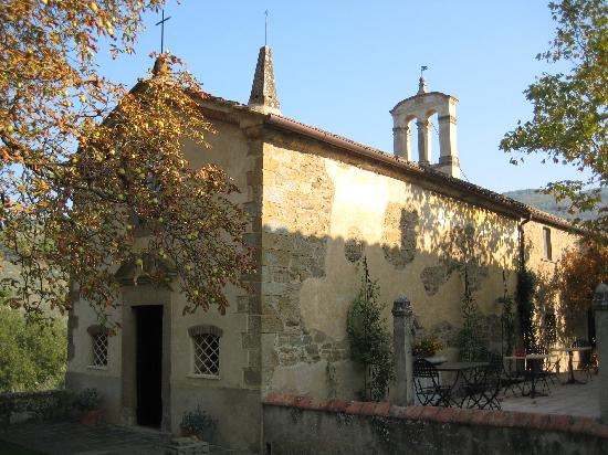 Relais Villa Belpoggio: chapel on the grounds