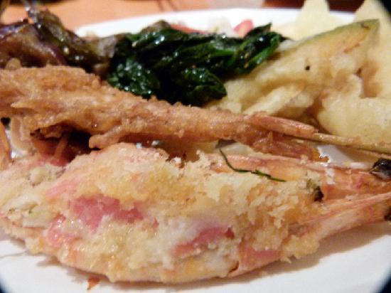 Minado Restaurant: Baked stuffed shrimp - one to avoid