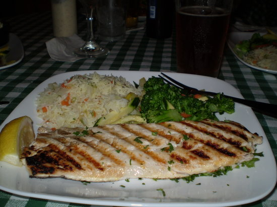 Whitney's of Charlevoix: Whitefish,served with vegetable mix