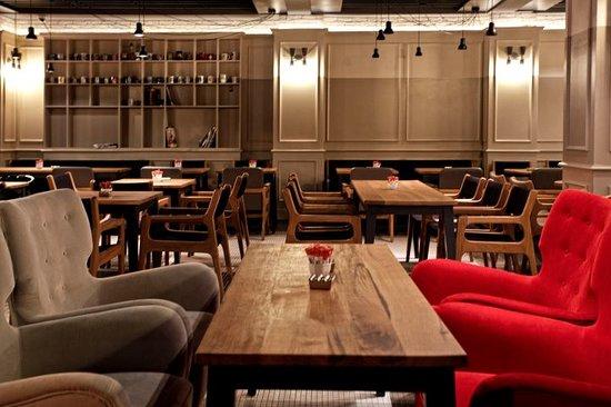 Mono Cafe Restaurant - Segafredo
