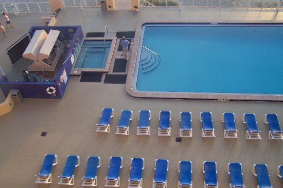 Grand Seas Resort: Pool and Hot tub