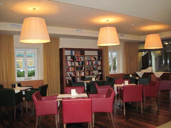 Lambrechterhof - Das Naturparkhotel: Gemütliche Leseecke