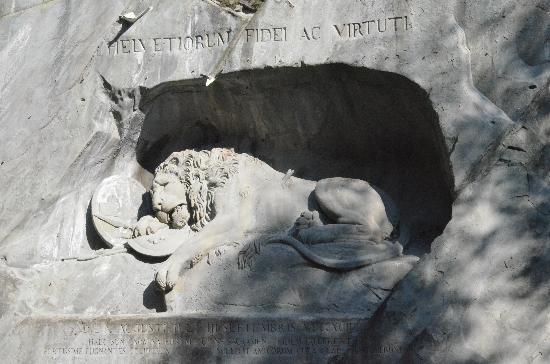 อนุสาวรีย์สิงห์โตลูเซิร์น: foto