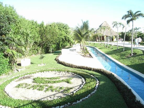 pool picture of grand sirenis riviera maya resort spa akumal tripadvisor. Black Bedroom Furniture Sets. Home Design Ideas