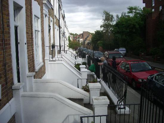 Ladbroke Arms: Local area