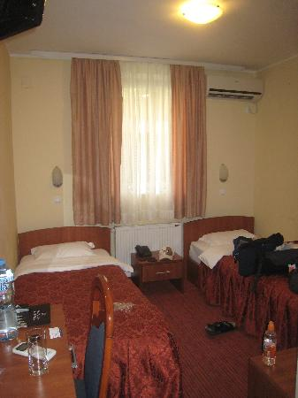 Belgrade City Hotel : what a room looks like