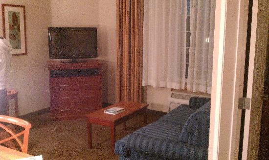 Candlewood Suites Santa Maria: Living Room