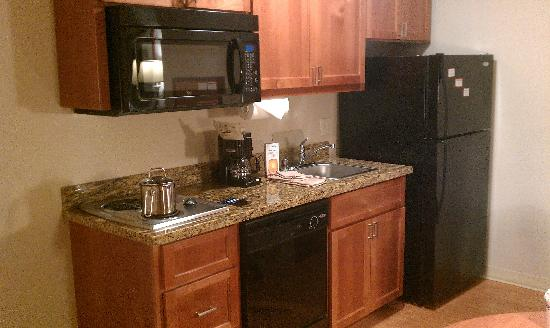 Candlewood Suites Santa Maria: Kitchen