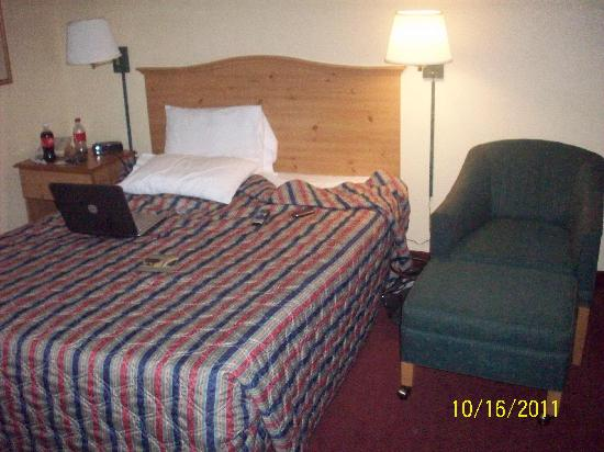 Extended Stay America - Kansas City - Shawnee Mission: bedroom