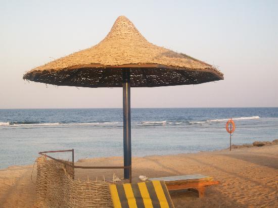 Carnelia Beach Resort : spiaggia