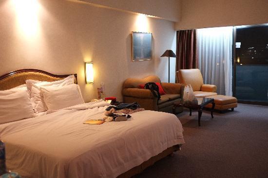 Sunlake Hotel: room