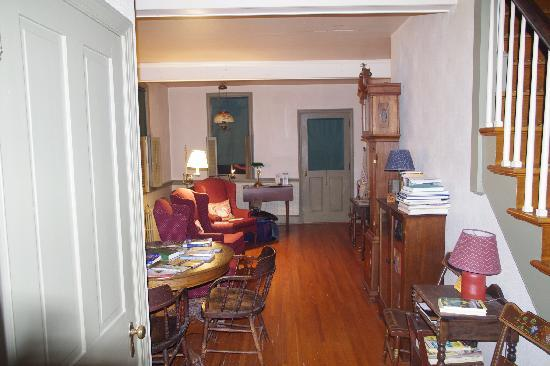 The Carter Run Inn: view of the lounge